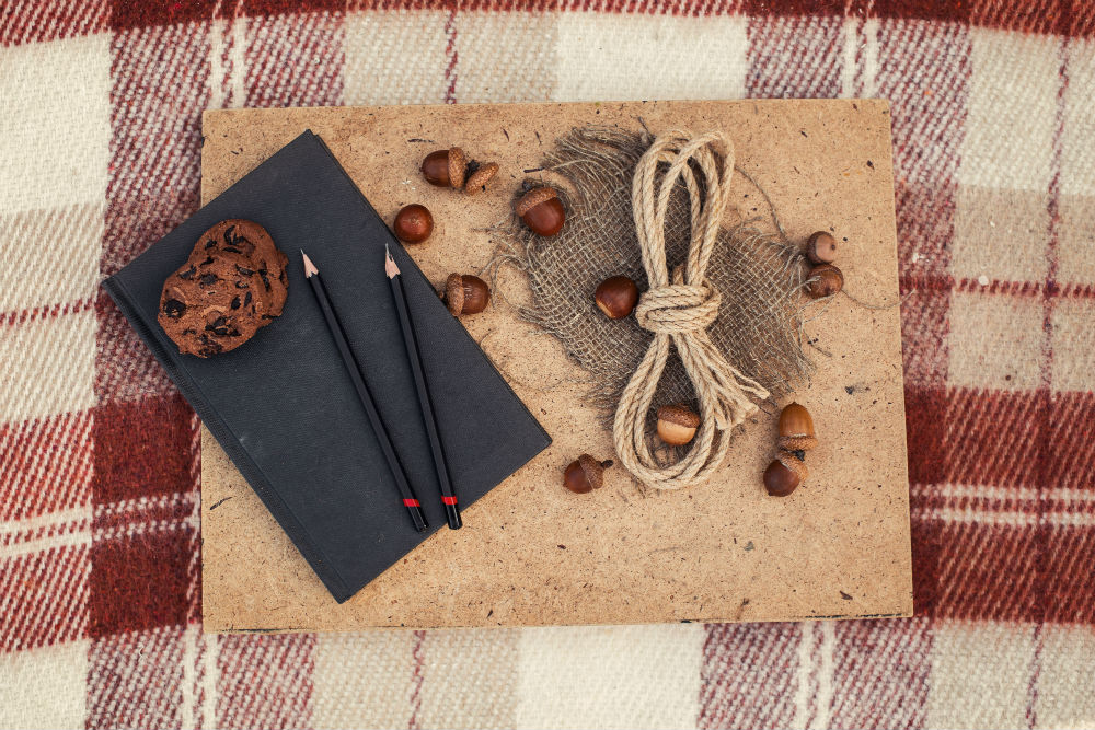 How to Decorate a Sketchbook Cover From Simple to Artistic
